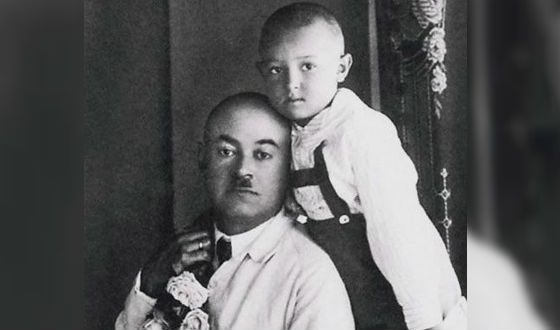 Маленький Владимир Этуш с отцом Абрамом Савельевичем