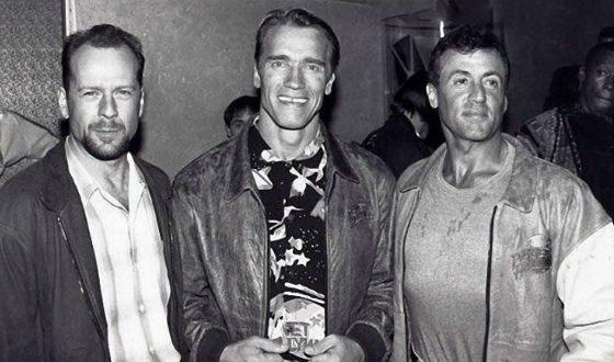 Легендарное фото: Сталлоне, Шварценеггер и Брюс Уиллис