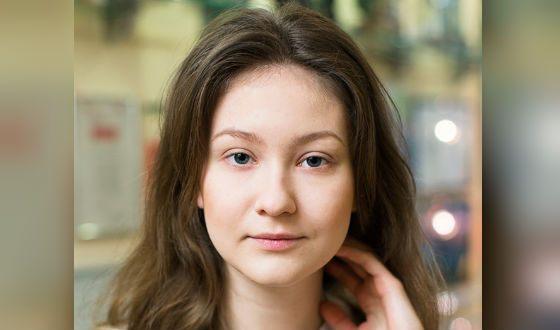 Яна Гладких без макияжа