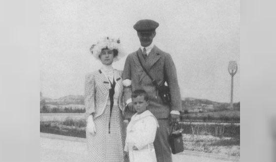 Матильда Кшесинская с мужем и сыном