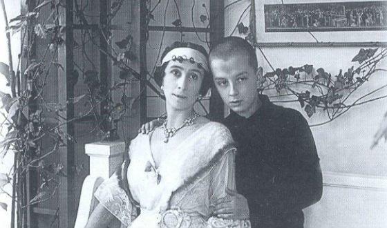 С сыном Владимиром, 1916 год