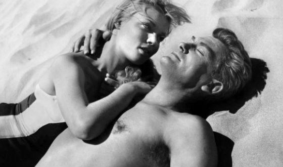 Кадр из фильма «Обнаженная у него в кармане» (1957)