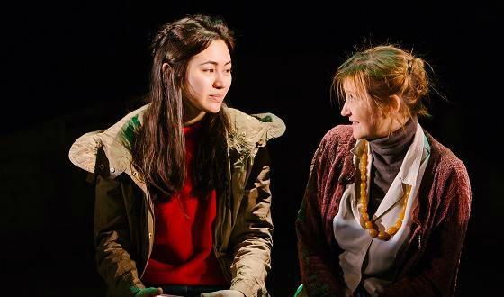 Джессика Хенвик на театральной сцене