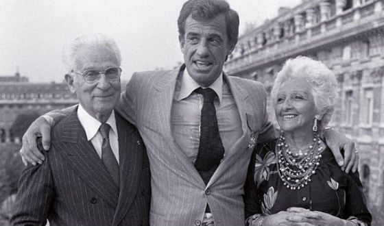 Жан-Поль Бельмондо с родителями