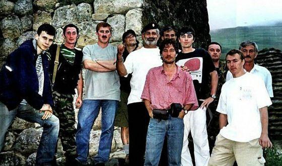 Вся съемочная группа погибла под сошедшим с гор ледником Колка