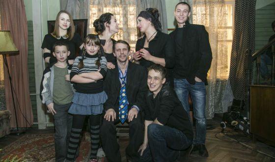 Актерский состав российских «Бесстыдников»