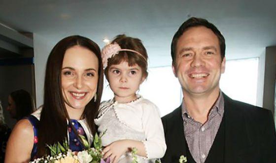 Анна Снаткина с мужем и дочкой Вероникой
