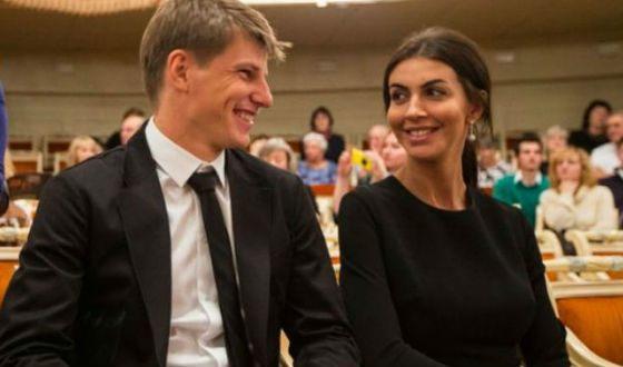 На фото: Андрей Аршавин и Алиса Казьмина