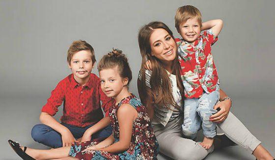 Дети Андрея Аршавина и Юлии Барановской очень похожи на папу
