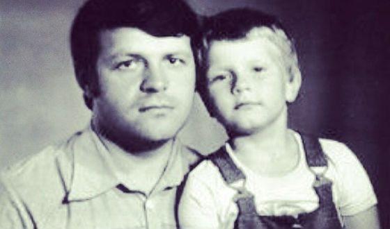 Отец Баскова был военным