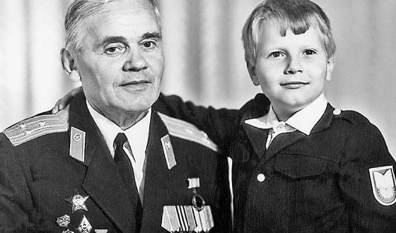 Коля Басков с дедушкой, ветераном войны