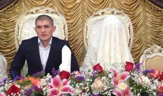 Хабиб Нурмагомедов и его жена