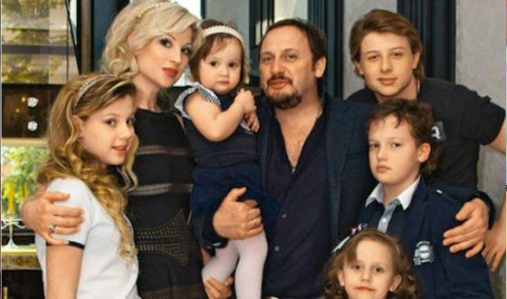 Стаса Михайлова можно назвать многодетным отцом