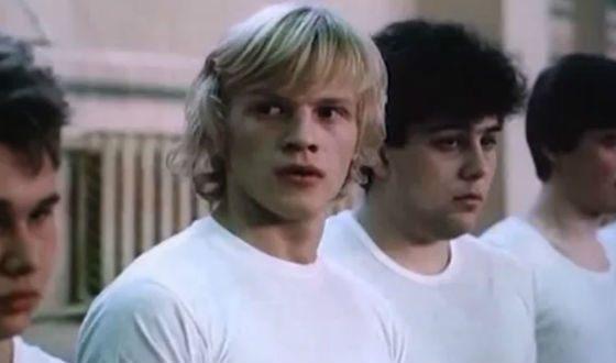 «Забавы молодых» (1986), одна из первых взрослых работ актера