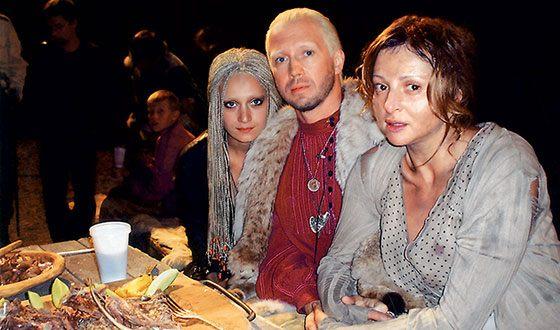 Анна Банщикова на съемках фильма «Охота на пиранью»