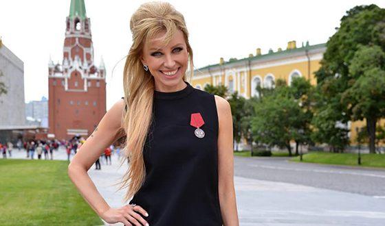 В 2017 году Ирина Нельсон награждена орденом «За заслуги перед Отечеством»