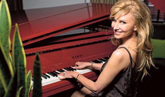 Любовь к музыке Ирина Нельсон впитывала с детства