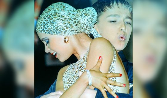 С детства Ханна занималась танцами