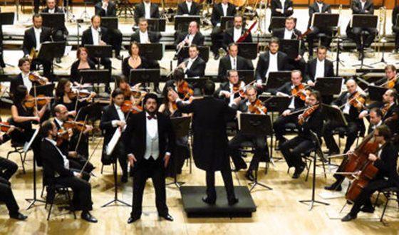 Юсиф Эйвазов на сцене Миланской филармонии (Auditorium di Milano)