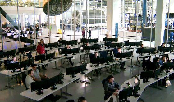 Внутри штаб-квартиры SpaceX