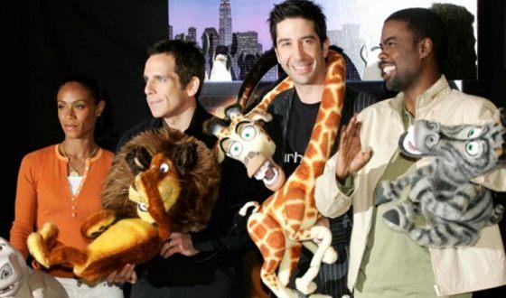 Дэвид Швиммер озвучивал жирафа Мелмана («Мадагаскар»)