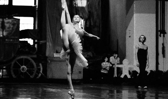 Светлана Захарова на репетиции