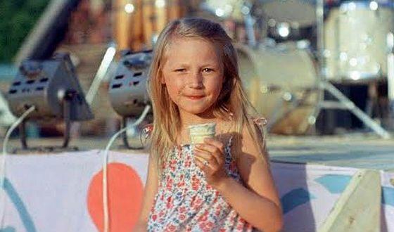 Кристина впервые вышла на сцену в 7 лет