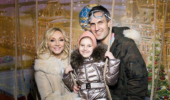 Кристина Орбакайте с мужем и дочкой Клавдией