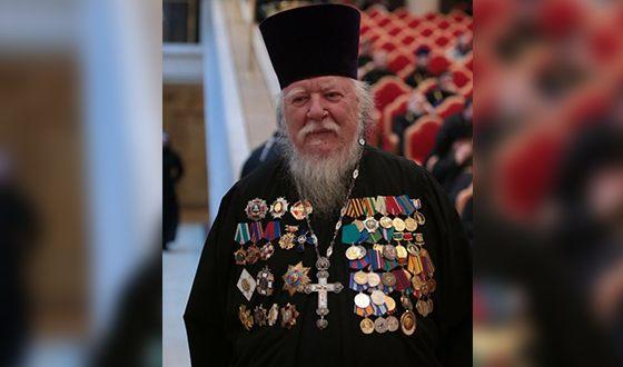 Протоиерей Дмитрий Смирнов имеет множество наград