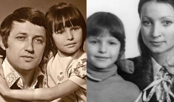 Маленькая Настя Волочкова с родителями