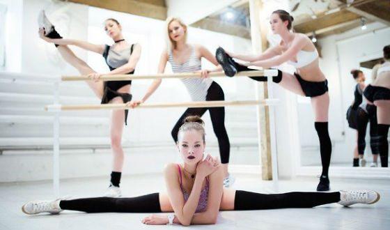 После завершения карьеры балерины Анна Исаева преподает в собственной танцевальной студии