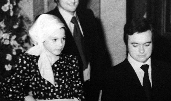 12-летняя Моника Беллуччи с отцом (справа)