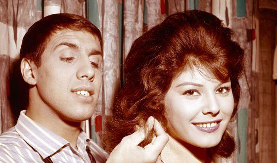 Молодой Адриано Челентано с женой Клаудией Мори