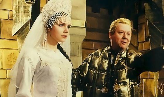 Марина Зудина с Олегом Табаковым в картине «После дождичка в четверг»