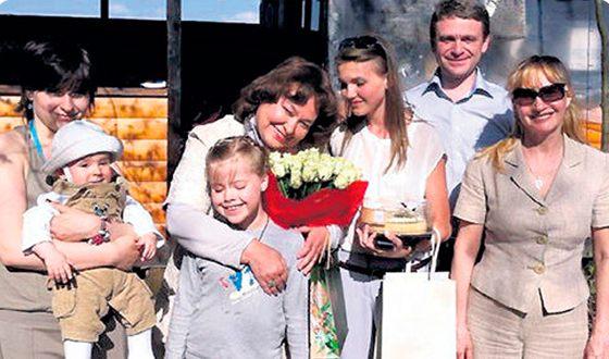 Наталья Бондарчук, ее дети и внуки