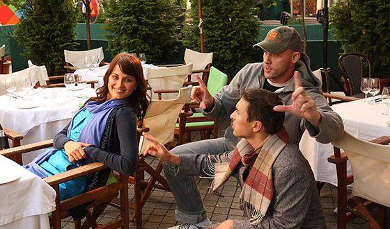 Алена Коломина на съемках фильма «Три раза про это»