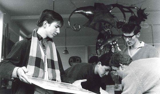 Алан Рикман закончил Колледж искусств и дизайна