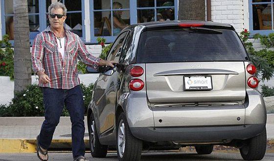 В 1984 году Мела Гибсона оштрафовали на четыреста долларов и лишили водительских прав