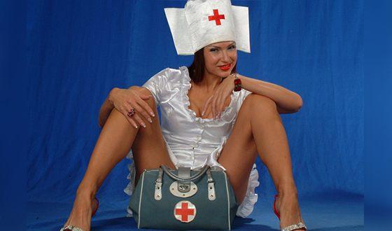 В 2005 году Эвелина Блёданс покинула «Маски-шоу»