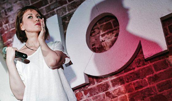 Айгель Гайсина - неординарная исполнительница, утверждающая, что песни – ее «способ переработки эмоций»