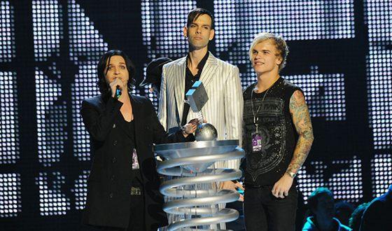 В 2009 году Placebo была присуждена премия MTV EMA