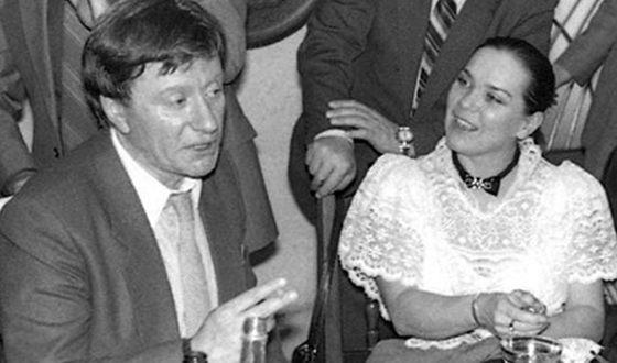 Андрей Миронов с Ларисой Голубкиной