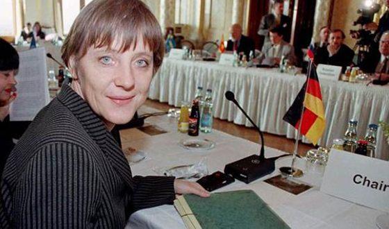 Ангела Меркель стала первой женщиной-лидером германской партии
