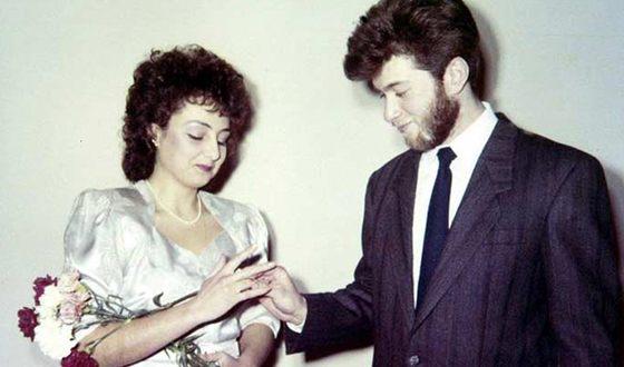 Роман Абрамович и его первая жена Ольга Лысова