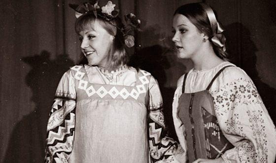 Светлана Крючкова и Елена Проклова на сцене МХАТ