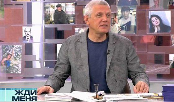 Александр Галибин вёл передачу «Жди меня»