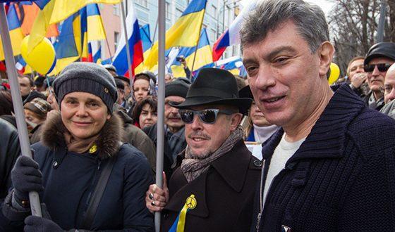 Андрей Макаревич и Борис Немцов на митинге против присоединения Крыма к России
