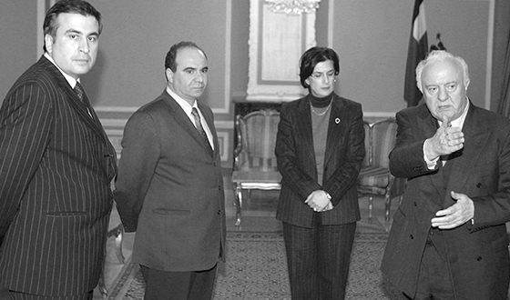 Михаил Саакашвили, Зураб Жвания, Нино Бурджанадзе и Эдуард Шеварднадзе