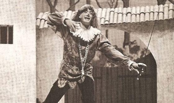 Том Хэнкс в постановке школьного театра (1974)
