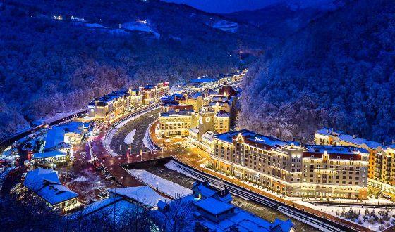 На фото: горнолыжный курорт Роза Хутор